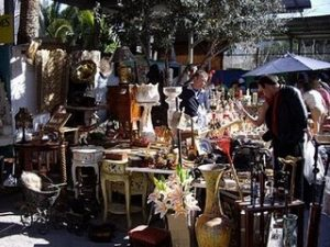 20110717123344-rommelmarkt-el-cisne-in-benidorm-web
