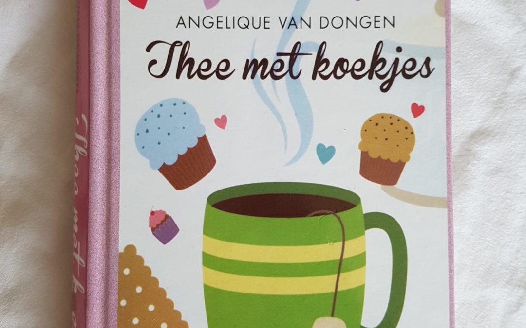 Summer Books: Thee met koekjes – Angelique van Dongen