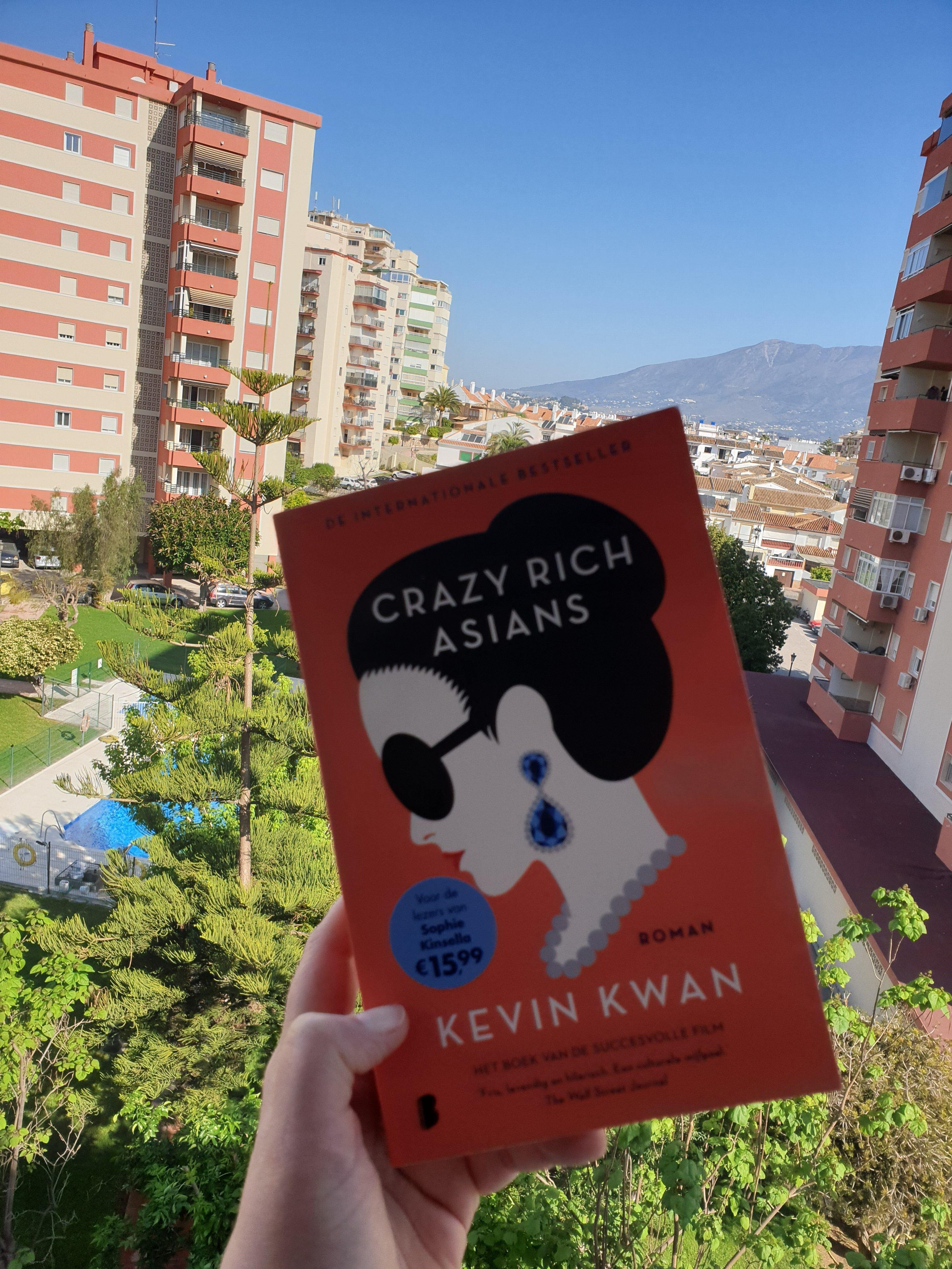 Book Thursday    Crazy Rich Asians – Kevin Kwan