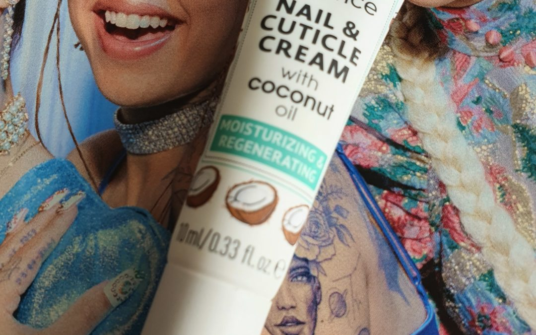 Beauty || Essence nail & cuticle cream met coconut oil