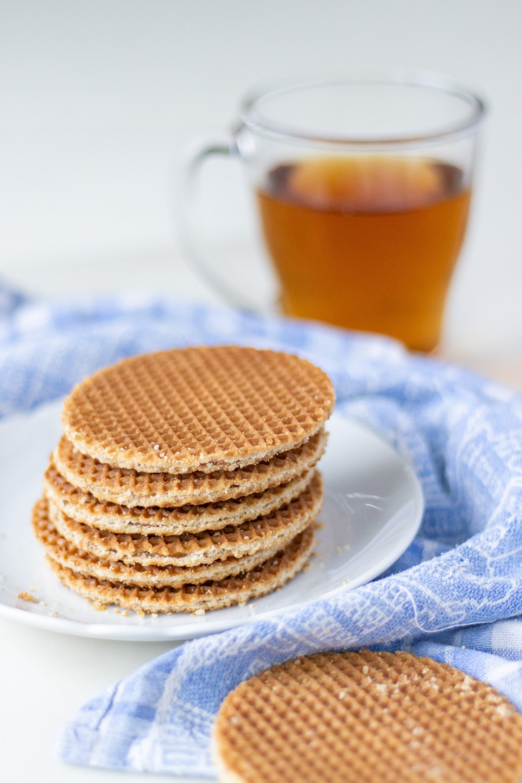 Book wednesday || De stroopwafelshop – Astrid Harrewijn