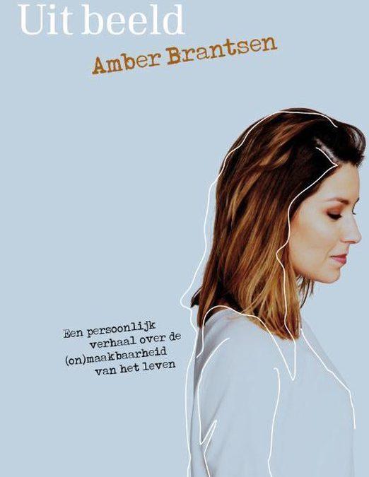 Books || Uit beeld – Amber Brantsen