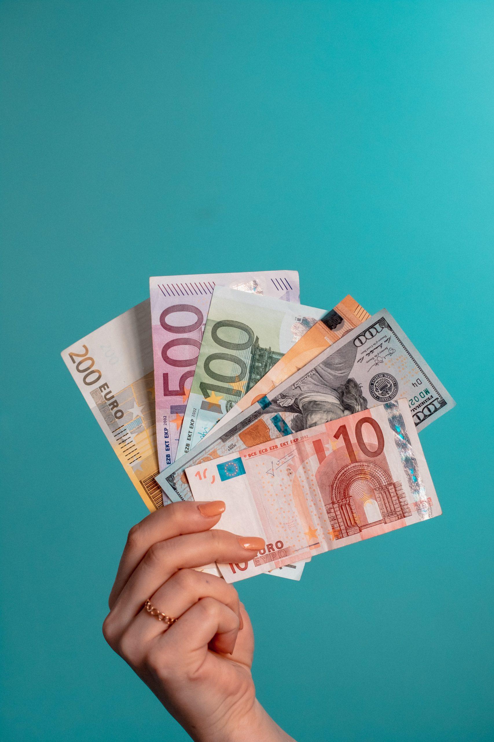 Money Talk || Niets is meer zeker